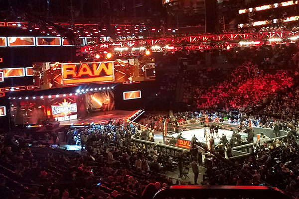 5 31 Wwe Raw Holt Report From Greenville S C Real Crowd